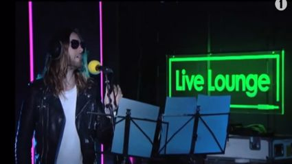 Thirty Seconds To Mars cover Rihanna's song 'Stay'