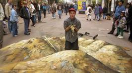 Street Artist Becomes Treasure Hunter