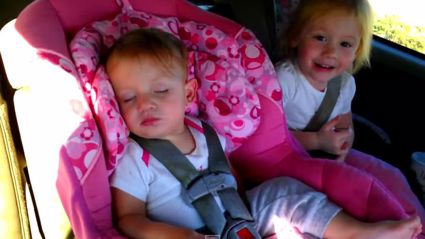 Dunno whats funnier: The sister laughing, or this babies reaction when her jam drops!