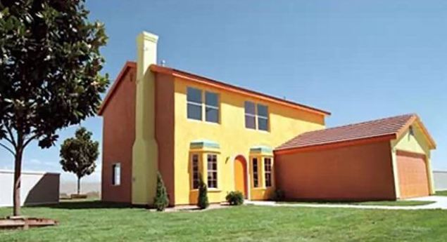 check out this exact replica of the simpsons house