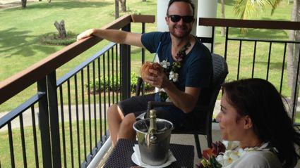 Stace & Flynny Live in Fiji!
