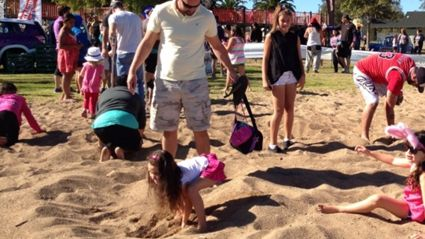 WATCH: The Hits Easter Beach Dig