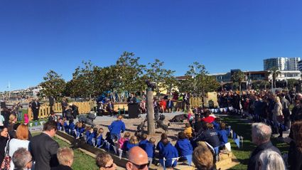 Legendary local Dame Lynley Dodd and John Key open the Hairy Maclary sculptures!