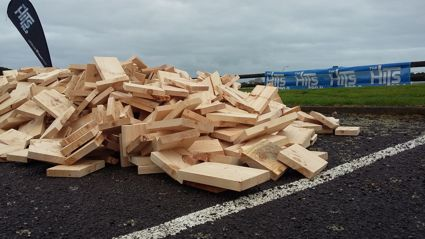 Fill Your Boot With Woodwards Firewood - NP Photos