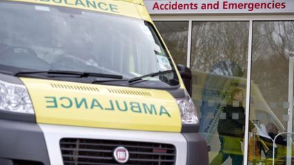 NEWS: Five Injured In Taupo Crash