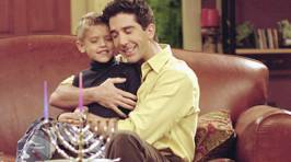 Photos: The Twins That Played Ben on 'Friends' Are All Grown Up & Hot