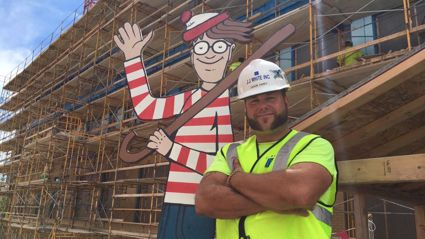 Construction Worker Hides Waldo Every Day For Kids To Find From Hospital Next Door