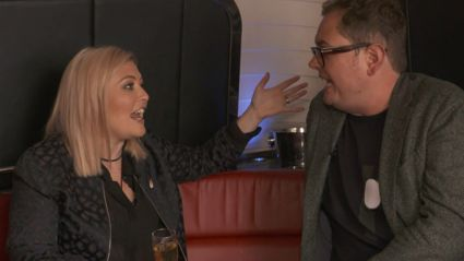"Alan Carr Gushes Over Close Friend Adele: ""Believe Me, She Would Be On This Bus"""