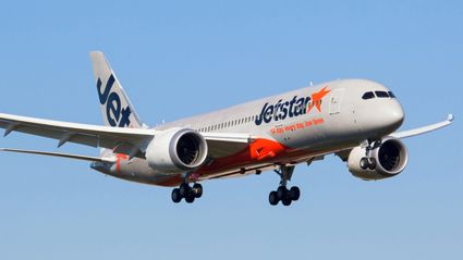 Newlywed's hilarious reverse complaint to Jetstar