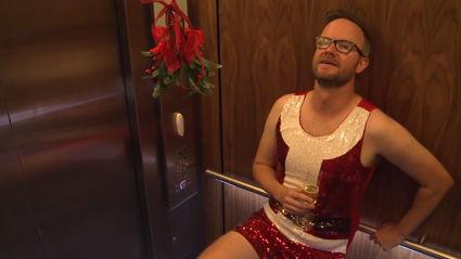 Watch: Flynny's merry mistletoe mission