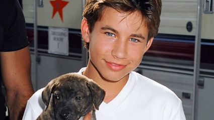 Here's what '90s heartthrob Jonathan Taylor Thomas looks like now!