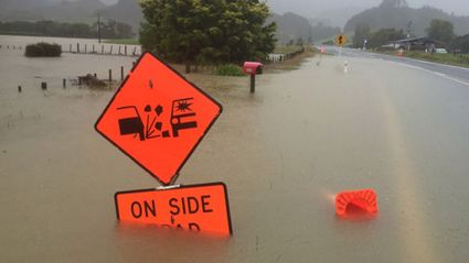 State Highway 25 ( SH25 ) road to Pauanuia and Whangamata closed. Photo / Alan Gibson