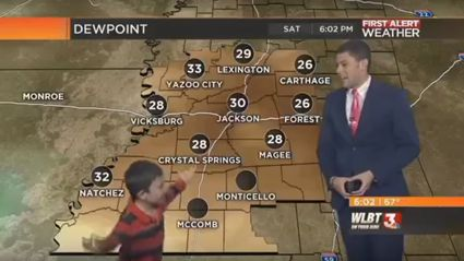 Hilarious kid crashes live TV weather report