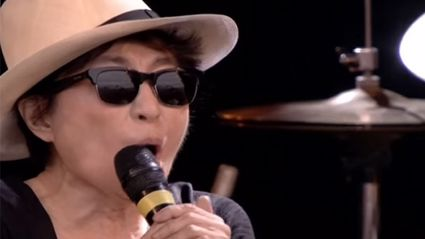 Yoko Ono performed at Glastonbury and it was awful