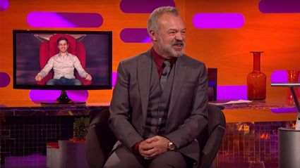 Graham Norton helps man surprise his wife with their baby's gender reveal in The Red Chair!