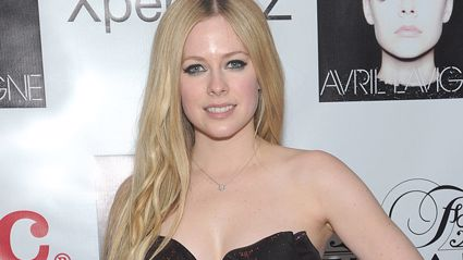 There's a weird conspiracy theory that Avril Lavigne is dead and has been replaced by a lookalike