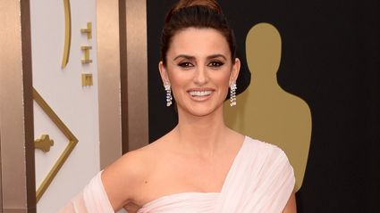 Penelope Cruz is unrecognisable as she goes peroxide blonde!
