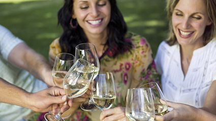 New study reveals a glass of wine or beer a day makes you live longer