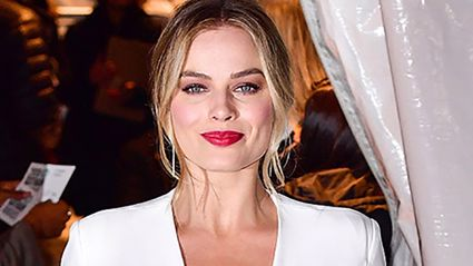 Margot Robbie looks unrecognisable as she transforms into Queen Elizabeth I for her new film