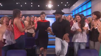 Jessica Biel performed the most epic 'Dirty Dancing' dance AND lift on 'Ellen'... Prepare to be amazed!