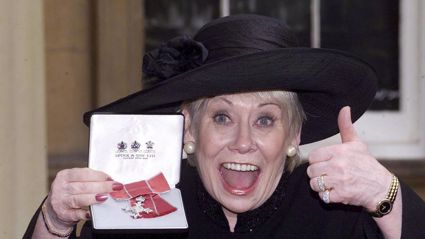 British actress Liz Dawn at Buckingham Palace, London after she received an MBE. Photo / AP / NZ Herald