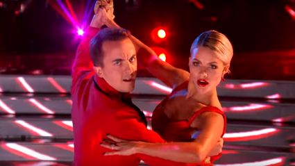Malcolm in the Middle's Frankie Muniz wows with tango on Dancing with the Stars