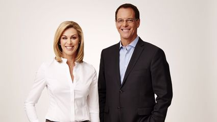 Wendy Petrie and Simon Dallow from One News. Photo / TVNZ.