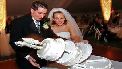 Hilariously cringe-worthy wedding fails caught on camera