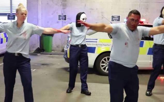 The NZ police are back with a hilarious Halloween 'Thriller' dance