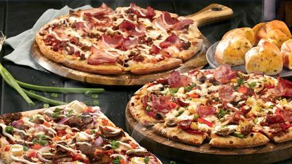 This is how you can get $2 pizzas from Dominos all this week!