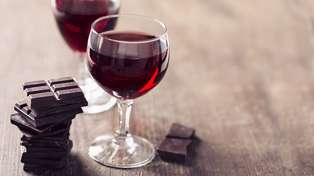 Want to look younger? Include red wine and chocolate in your diet!