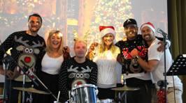 Photos: Toni and The Streets Live Christmas Performance