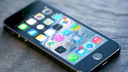 How to prevent your old iPhone from slowing down