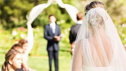 The AVERAGE cost of an Australian wedding has been revealed and it is actually insane!