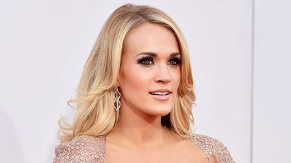 "Carrie Underwood reveals face after needing ""40 to 50 stitches"" from a fall"
