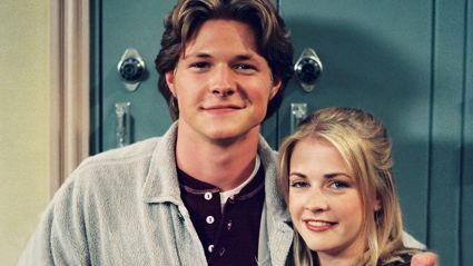 This is what Harvey from 'Sabrina The Teenage Witch' looks like now...