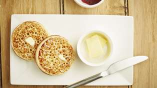 This is the real reason crumpets have holes in them...
