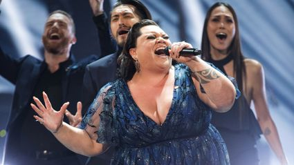Watch Keala Settle tear up during emotion performance of This Is Me at Oscars
