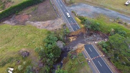 First convoys head through forest around SH1 washout at Pukenui