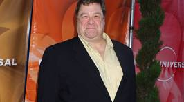 John Goodman shocks fans with dramatic weightloss on 'Roseanne' reboot