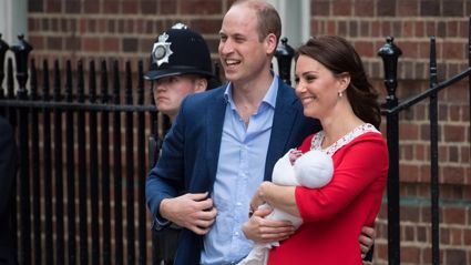 Here's your first look at the new royal baby!