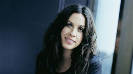 Alanis Morissette steps out looking completely unrecognisable!