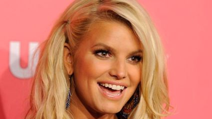 Jessica Simpson sparks cosmetic surgery rumours after posting make up free selfie