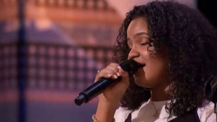 "15-year-old dubbed a mini ""Aretha Franklin"" wows America's Got Talent judges with her soulful performance"