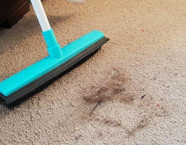 This Mum S Genius Carpet Cleaning Hack Is Blowing