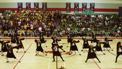 This high school has gone viral for their INCREDIBLE Harry Potter dance routine!