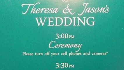 Newlyweds go viral for their hilarious spelling mistake in their wedding day schedule ...