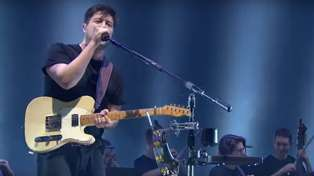 Mumford & Sons put their own folk-rock twist on an Ariana Grande hit - and it sounds awesome!