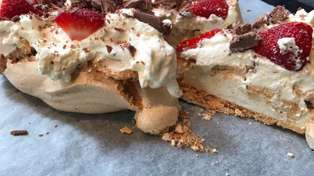 Try it Out Tuesday - Estelle makes her first Pavlova