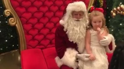 Santa's heartwarming surprise for this little girl will leave you in tears ...